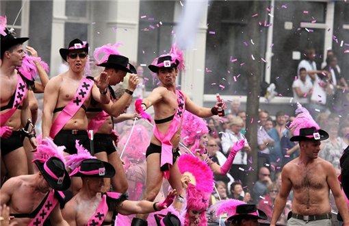 Организаторам гей-парада вСевастополе неудалось добиться его разрешения
