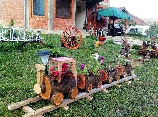 Поезд своими руками для сада